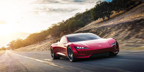 Karşınızda 100 km/s hıza 1,9 saniyede çıkabilen yeni Tesla Roadster [Video]